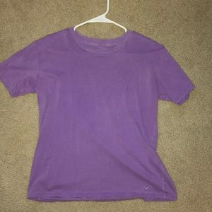 WOMENS SMALL PURPLE T-SHIRT FROM HOLLISTER